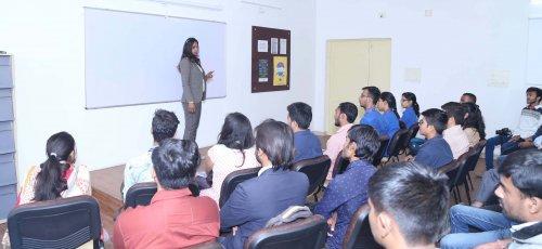 corporate social media training by sunita biddu